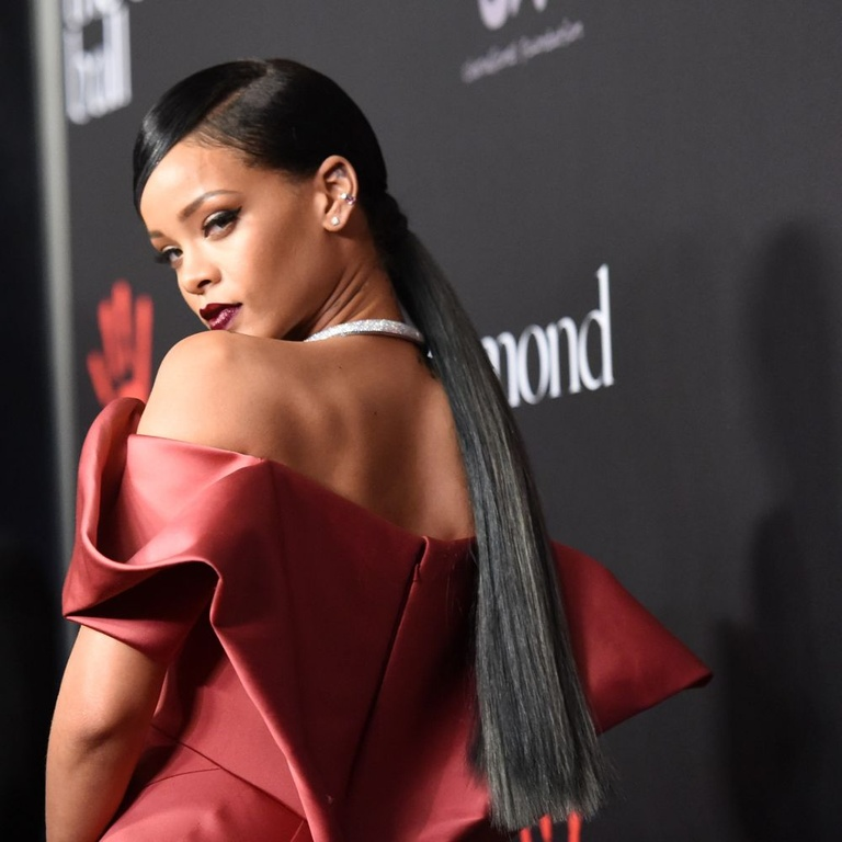 Rihanna R9 New Allbum