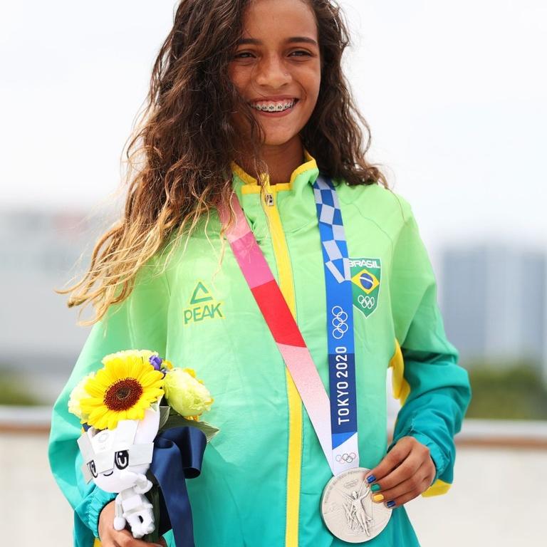 rayssa leal olympic silver